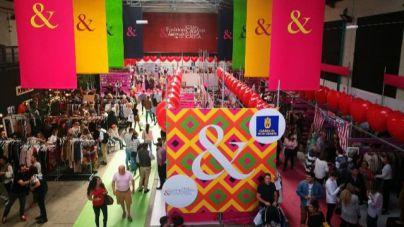 Miles de personas disfrutan de la factoría del talento de Moda & Amigos