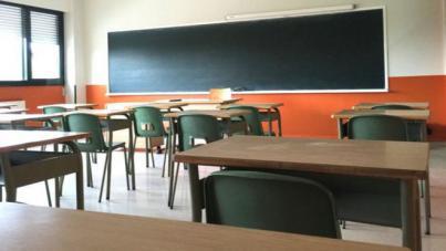 Exigen un comité de emergencia educativa ante la 'improvisación' de la Consejería