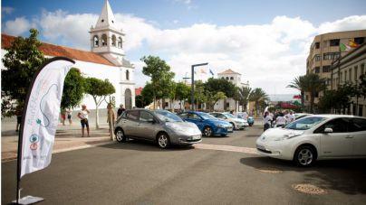 Lanzarote acoge el Tour VEACanarias que recorre las islas para promover el vehículo eléctrico