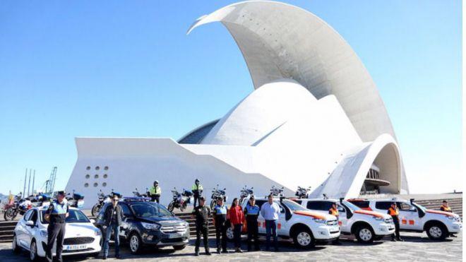 Los nuevos vehículos de la Policía Local y Protección Civil entran en servicio