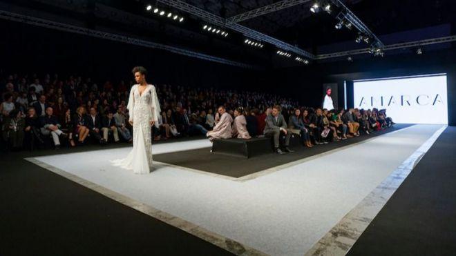 La moda de Tenerife deslumbra en la pasarela de Madeira de la mano de la firma Amarca