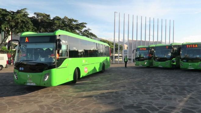 El Ayuntamiento formaliza su ingreso en la empresa pública Titsa