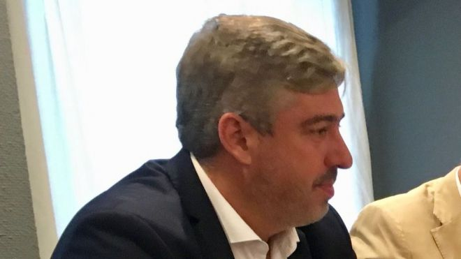 El PSOE acusa a CC de enfrentar a los canarios con los catalanes