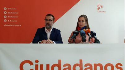 """""""El PSOE ha demostrado su desinterés con Canarias al incumplir los acuerdos"""""""