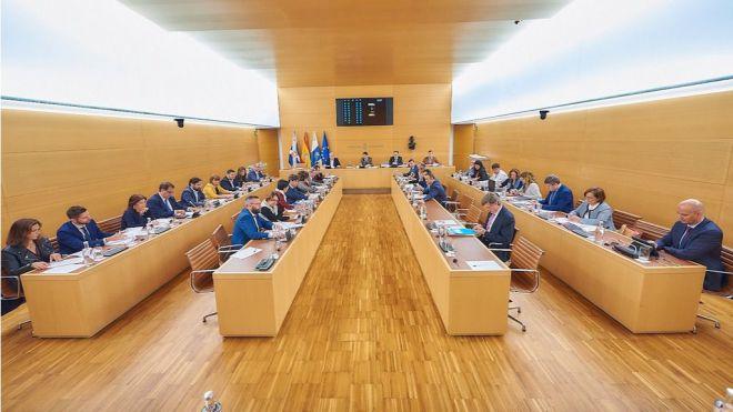 El Cabildo solicita al Gobierno la ampliación a cuatro carriles del cierre del anillo insular