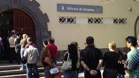 Canarias cierra el 2018 con una bajada del paro de 9.072 personas