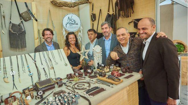 Cerca de 80 artesanos participan en la Feria Reyes, en Santa Cruz, y el Mercadillo Navideño, de La Laguna