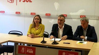 El PSOE cree que se 'magnifica' el que Sánchez no reciba a Clavijo durante sus vacaciones en Canarias