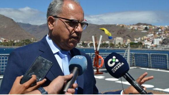 Curbelo pide una mayor coordinación entre el gobiernos para desbloquear el puerto de Fonsalía