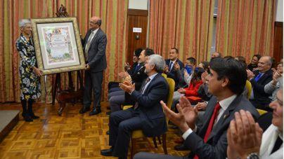 La historiadora Ana Viña recibe el título de Hija Predilecta de la Isla de La Palma