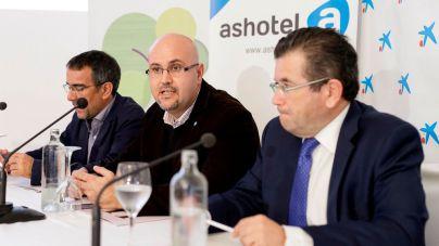 El 56% de los hoteles de Tenerife se integra en cadenas foráneas