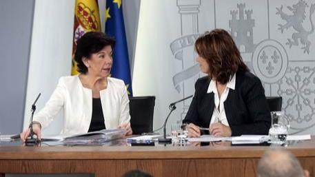 El último Consejo de Ministros de Sánchez cesa a 200 cargos administrativos