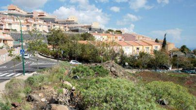 Santa Cruz cede una finca al Cabildo para crear un centro de 170 mayores en Acorán
