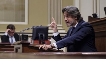 Psoe y Podemos dispuestos a pactar un nuevo Gobierno para Canarias