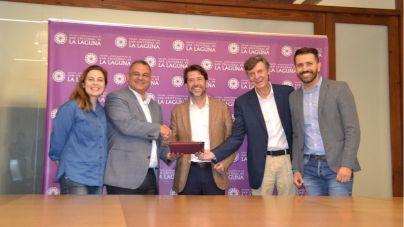 La Laguna formaliza la incorporación del municipio a la empresa TITSA