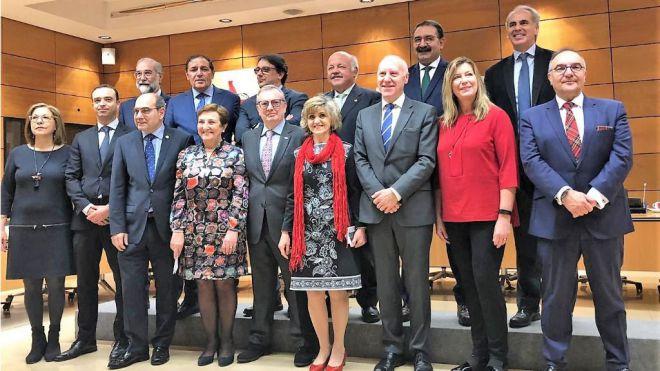 Baltar pide al Ministerio de Sanidad medidas concretas para paliar el déficit de especialistas