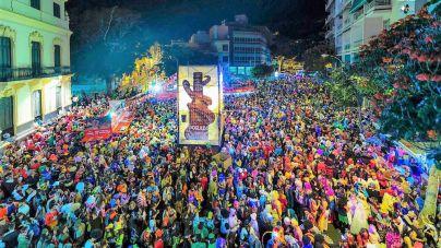 El Carnaval alcanza su ecuador con la celebración del Entierro de la Sardina