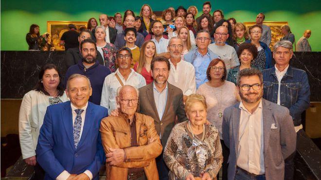 El Cabildo entrega su carné acreditativo a 59 nuevos artesanos