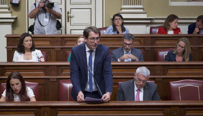 El PSOE plantea reprobar a Valido por el maltrato a las personas en situación de dependencia