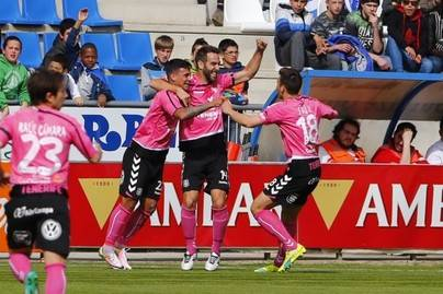 El Tenerife suma un nuevo punto en casa del Alavés