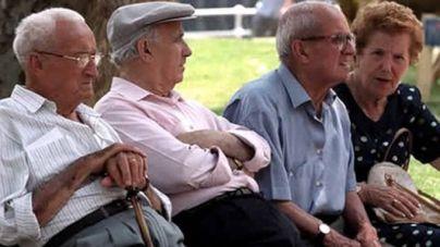 La pensión media en Canarias se sitúa en 904,85 euros, un 5,5% más que hace un año