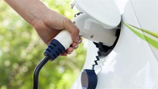 Los compradores de coches híbridos y eléctricos ya no pagarán el IGIC
