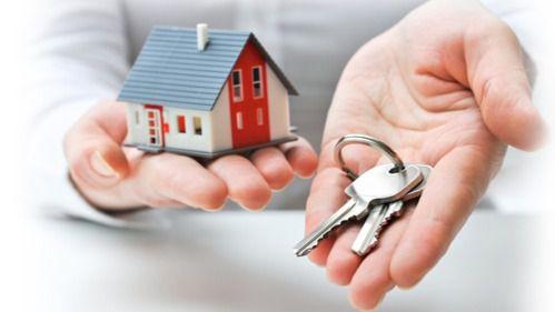 Los canarios tienen que destinar el sueldo íntegro de 7,2 años para adquirir una vivienda media