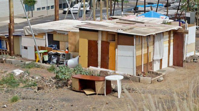 Román Rodríguez censura a PSOE y CC por usar la pobreza como un arma arrojadiza