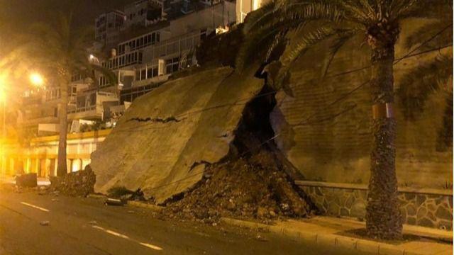 """""""El derrumbe del muro de Paseo de Chil es consecuencia de la falta de mantenimiento por parte del tripartito"""""""