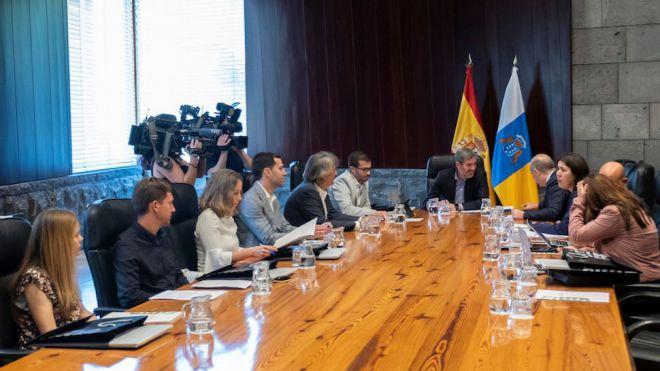 """""""Canarias seguirá impulsando acciones efectivas para convertirse en una plataforma mundial de ensayo contra el cambio climático"""""""