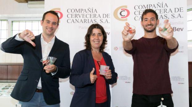 Compañía Cervecera de Canarias se apunta a la eliminación de los vasos de un solo uso