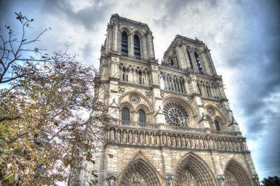 """""""¿Están seguros nuestro patrimonio cultural, nuestros edificios históricos y nuestras iglesias?"""""""