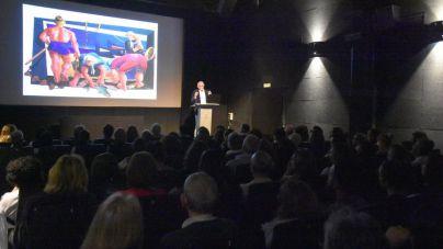 Castro Borrego presenta su nueva obra César Manrique bajo el volcán