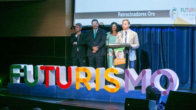 Castellano defiende la 'solidez' de Canarias ante los 'retos' del turismo, especialmente el 'brexit'