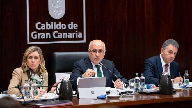 Morales lamenta la ausencia de Clavijo al 30 Aniversario de la Universidad