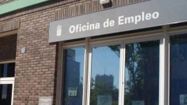 El paro cae en Canarias en 1.617 personas en abril y se sitúa en 207.618 desempleados