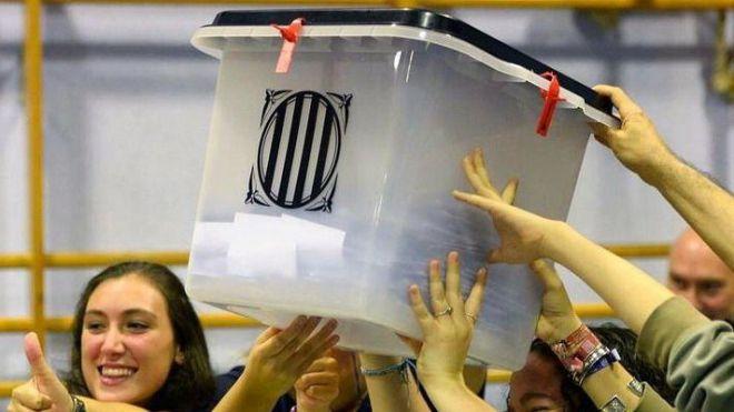 La Fiscalía acusa de 'organización criminal' a TV3 y Catalunya Ràdio por el 1-O
