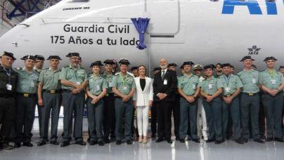 """Air Europa rotula un avión con el nombre de """"Guardia Civil"""" con motivo del 175 Aniversario de la fundación del Cuerpo"""