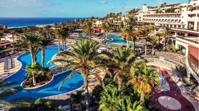 Las pernoctaciones hoteleras crecen un 2,1% en Canarias en abril