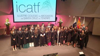 Acto de juramento de los nuevos abogados del Colegio de Santa Cruz de Tenerife
