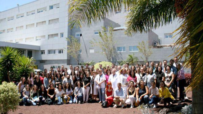 El Hospital de La Candelaria incorpora a 76 nuevos especialistas sanitarios