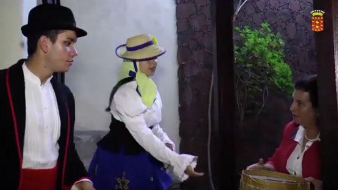 Vídeo para salvaguardar las tradiciones en la vestimenta de los trajes típicos canarios