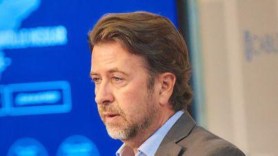 Alonso tiene la 'garantía' de PP y Cs de que no habrá moción de censura en el Cabildo