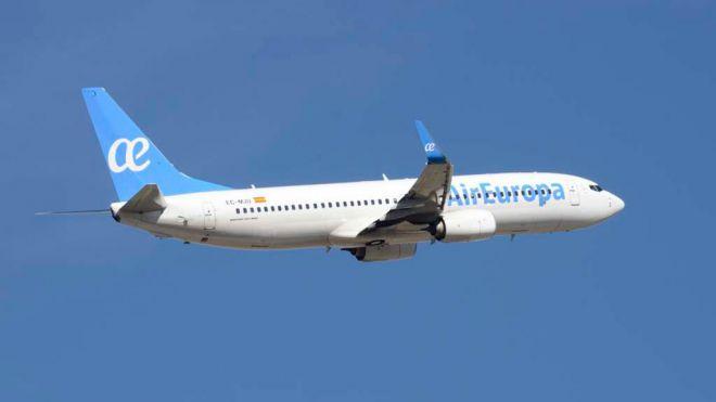 Canarias pierde 60 vuelos diarios en verano