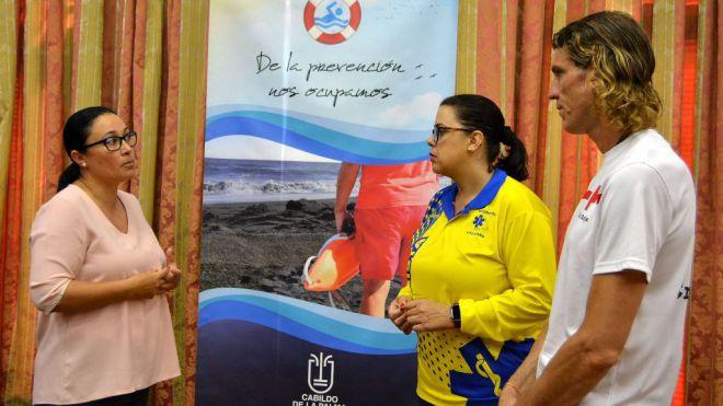 El Cabildo pide colaboración ciudadana para salvaguardar a las especies protegidas en la costa