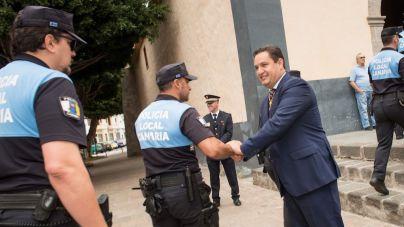 Arona convoca una veintena de plazas para la Policía Local
