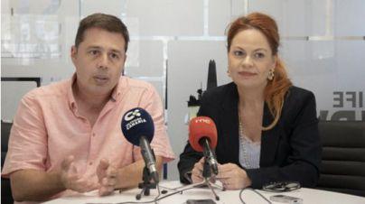 El director de Desarrollo Estratégico, Mario Suárez, junto a María Name, directora de Recursos Humanos