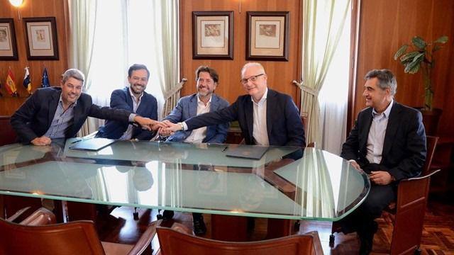 Formalizan el contrato de rehabilitación del Hotel Taoro, con una inversión de 40 millones