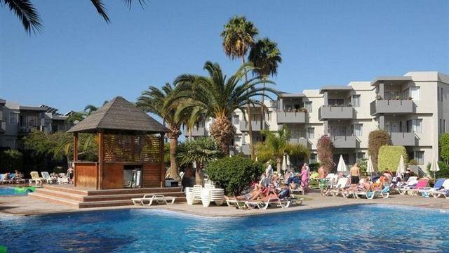 Las pernoctaciones en alojamientos turísticos extrahoteleros en Canarias caen un 7,9% en junio