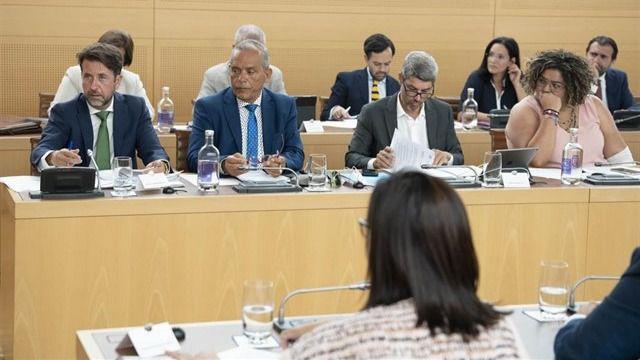 CC critica a Martín por anunciar obras de carreteras